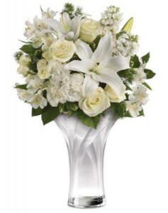Celebrate Elegance Bouquet PK9V